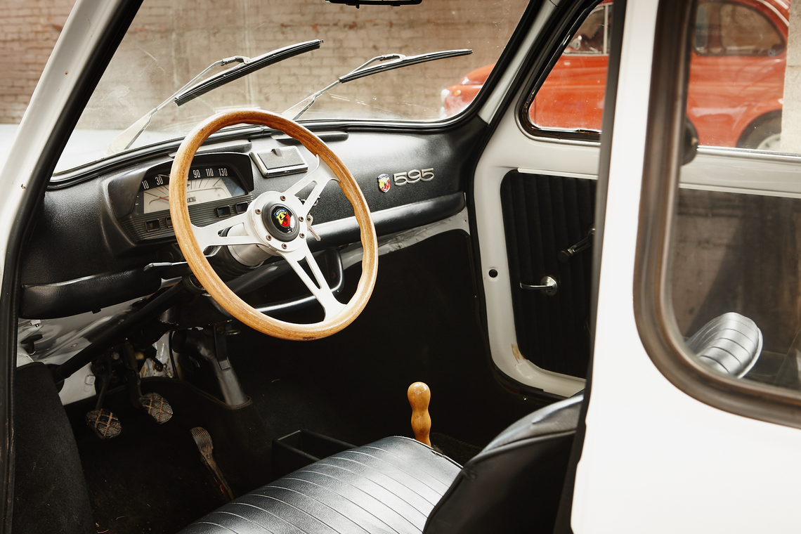 Left hand drive selection from the cca june 2016 classic for Interior 500 abarth